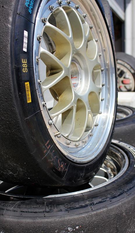 Racing Tyres