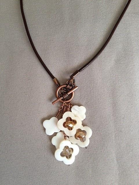 Quatrefoil_Bronze_Brown_Leather_Necklace