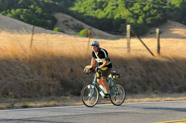 Hicks_Valley_Cyclist_DSC_5480_Full_DxO