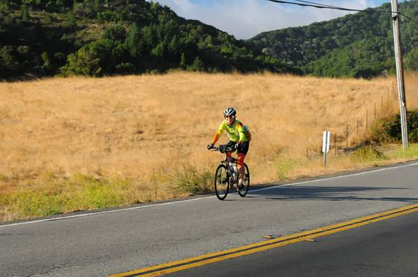 Hicks_Valley_Cyclist_DSC_5486_Full_DxO