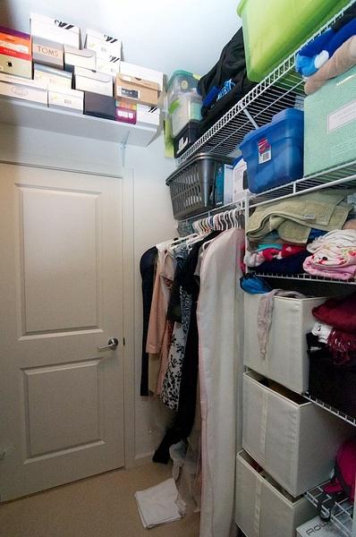 closet 2 by AlGlaze