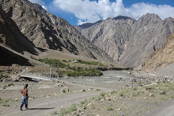 Tadjikistan by Anton Apostol