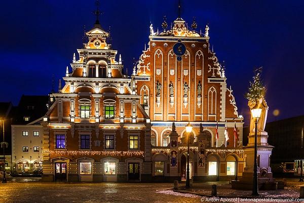 Riga by Anton Apostol