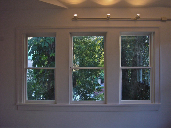 LIVING WINDOW by Carlos Schopenhauer