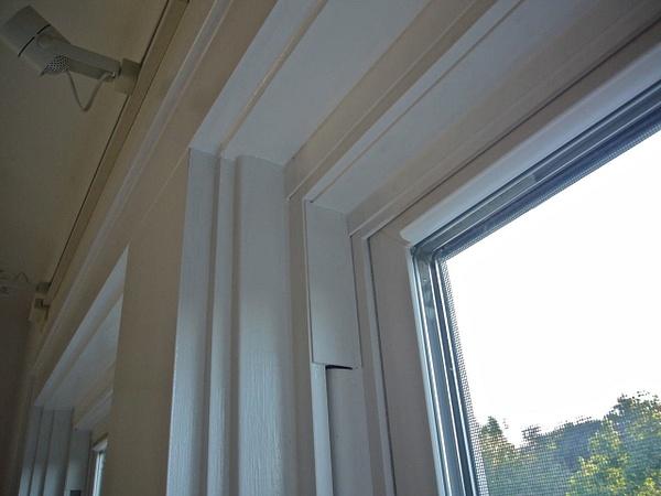 WINDOW DETAIL by Carlos Schopenhauer