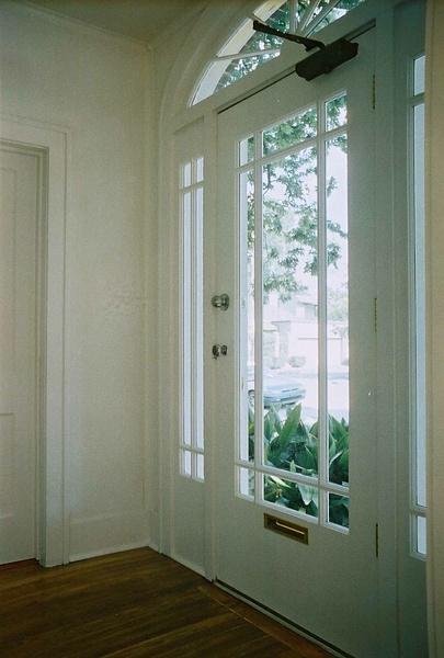 Hallway by Carlos Schopenhauer