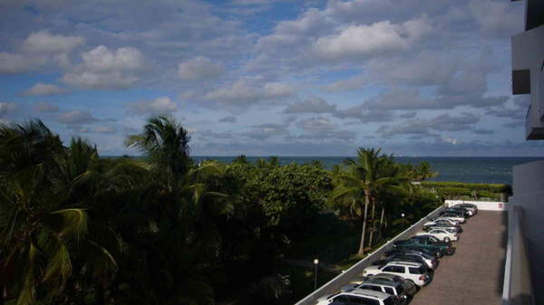 Balcony View Crandom Ocean Parking by Carlos Schopenhauer