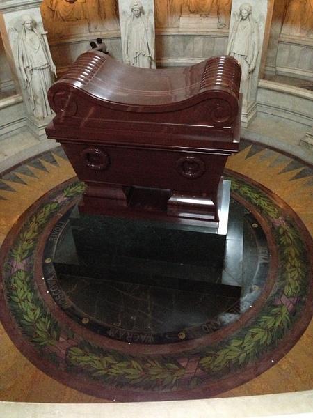 Dôme des Invalides, tombeau de Napoléon Ier - Musée de l'Armée by Clarissa