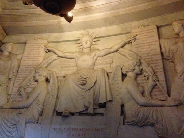 Dôme des Invalides, tombeau de Napoléon Ier. Les lois...