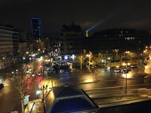 Le carrefour a boulevard de Palais-Royal by Clarissa