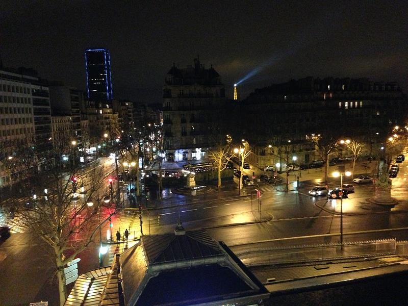 Le carrefour a boulevard de Palais-Royal