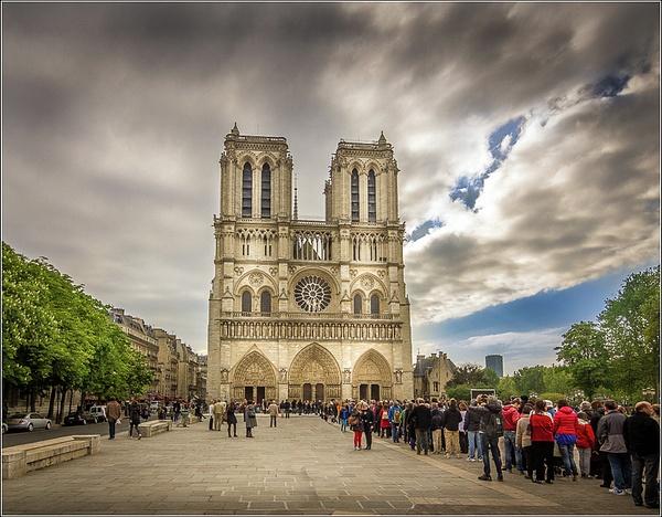 Paris by VitaliyTeslya