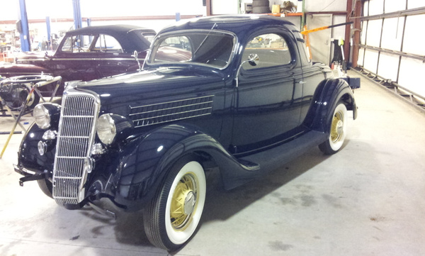 1935 Ford 3 window by jgrizzle