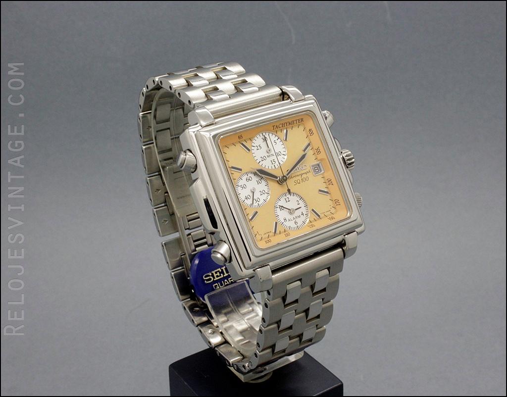33dbbee7ff66 Rare Seiko Chronograph Alarm SQ100 SQ 100 Salmon dial!...