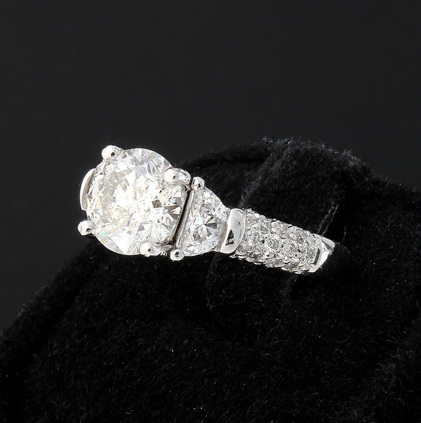 Round DIamond Engagement Ring by NovaleeCo