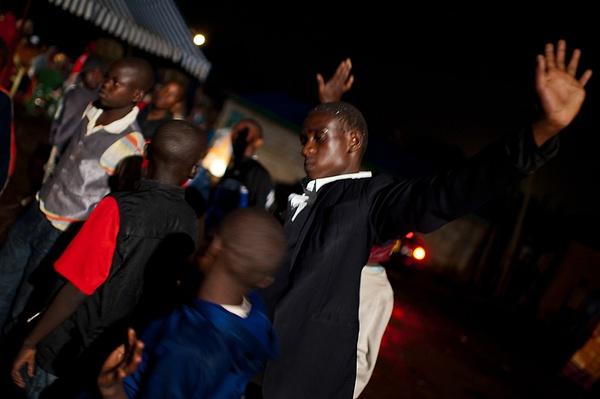 2011_05_6_Африканская свадьба: девичьи танцы by Anatoly Strunin
