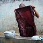 2011_12_Мьянма_Мандалай_Утро монаха