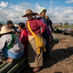2011_11_Рынок на воде