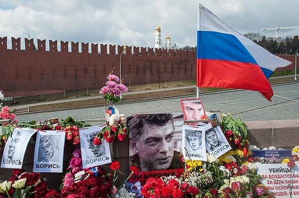 2015_04_Эхо_Сегодня на Немцовом мосту by Anatoly Strunin