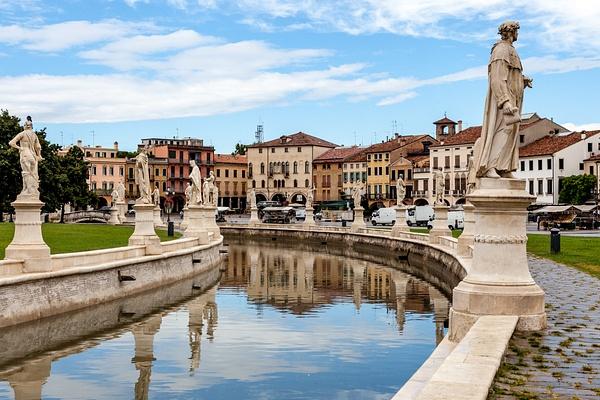 Padova, Italy by Eugene Osminkin