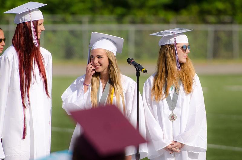 2014-06-14 070 Graduation med