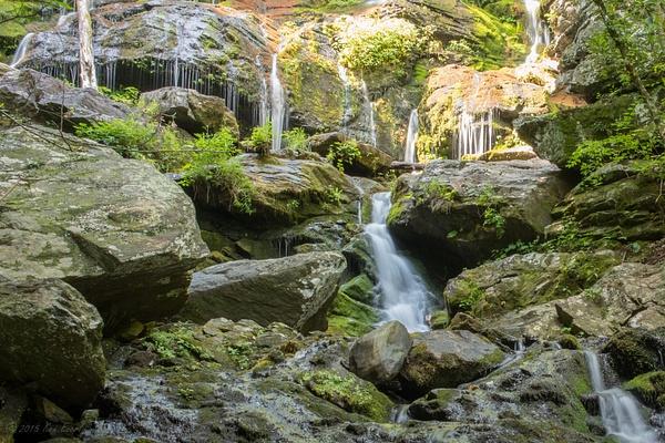 2015-08-10 097 Catawba Falls med by Ken Everly