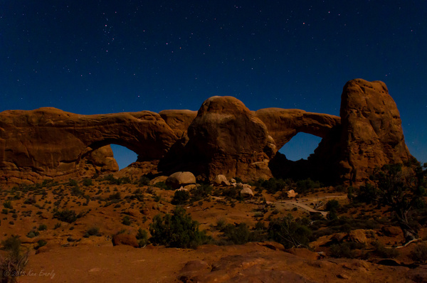 2015-09-24 030 Moonlight Arches med by Ken Everly