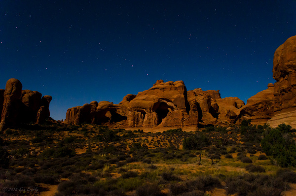 2015-09-24 034 Moonlight Arches med by Ken Everly