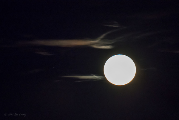 2017-12-03 113 SuperMoon by Ken Everly