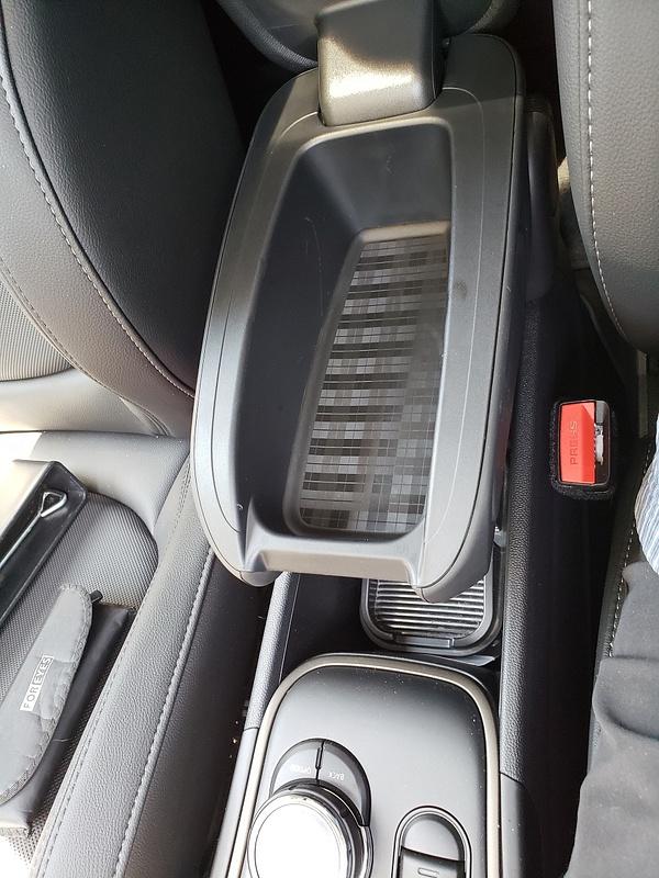 2019 Mini E-Hybrid SE Countryman All4 PHEV 28