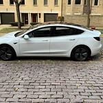 Tesla Model 3 Performance Dual Motor Long Range (now with Enhanced Autopilot)