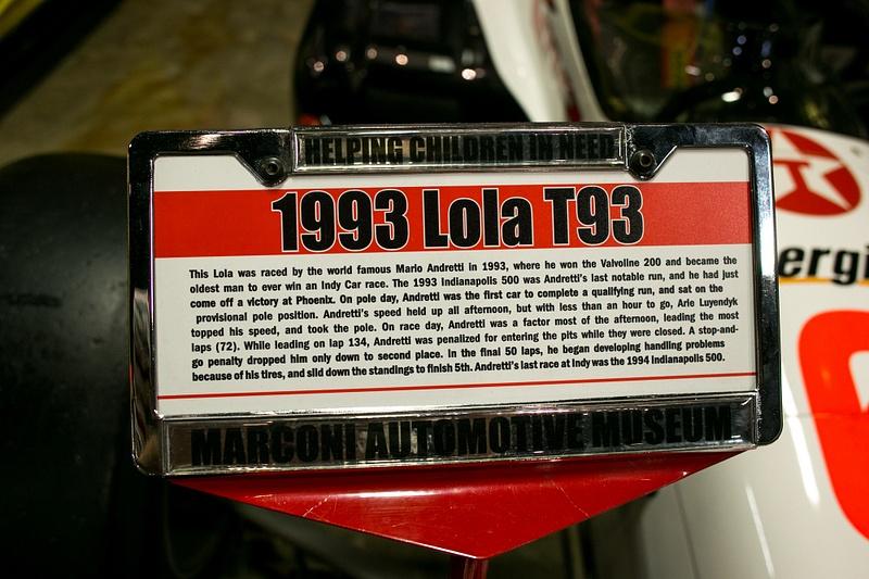 190816-1818LolaT93-93Sign