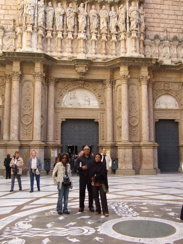 11_Group_At_Montserrat_Royal_Basilica.jpg