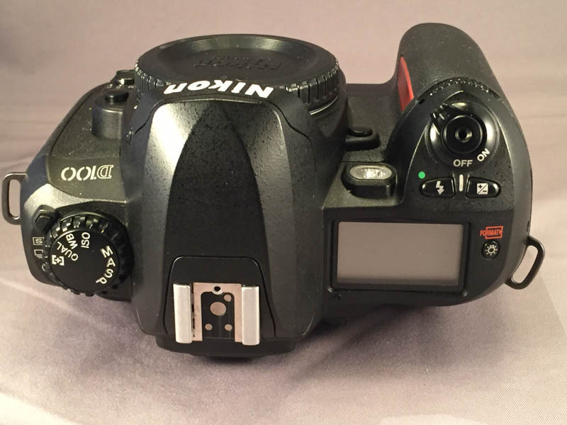 Nikon D100 Top