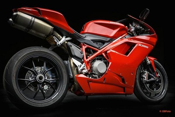 Ducati 1098 by MattCrandall