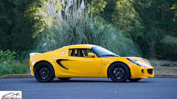 Lotus Elise Yellow by MattCrandall