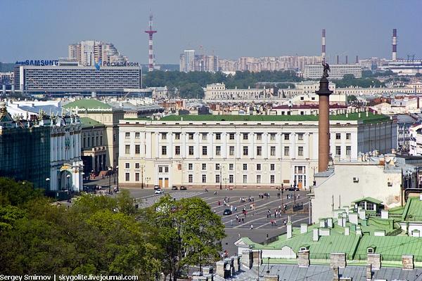 2013-12 Colonnade by SergejSmirnoff