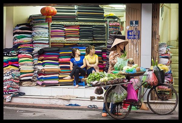 Hanoi-Vietnam by JenaAlbazi