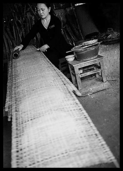 P4291192/ making rice bread