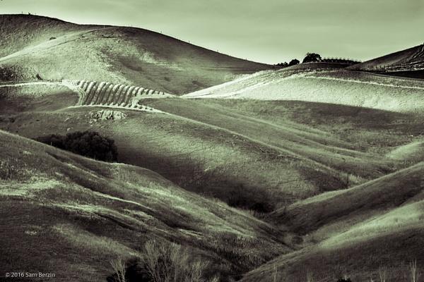Green Hills by SBerzin