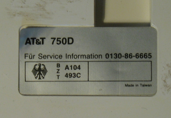 Telephone_ATT_750D by PostHorse