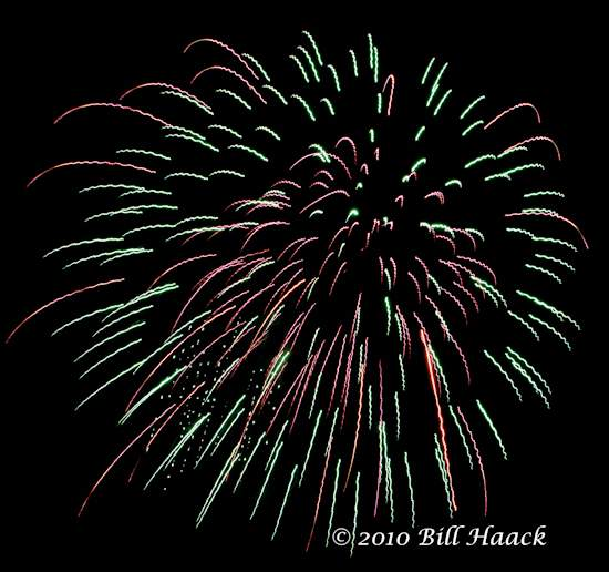 94_DSD0066_July_4th_Fireworks_Chesterfield_009_550_070510