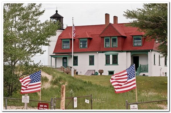 Point Betsie Lighthouse by SDNowakowski