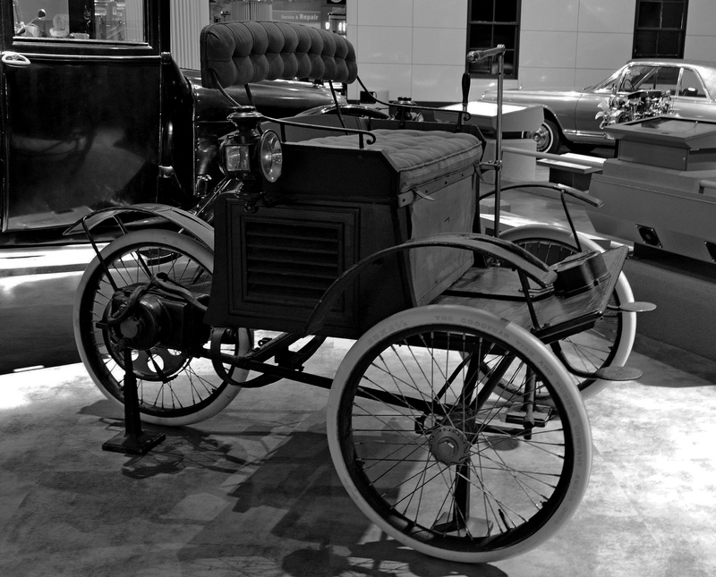Henry Ford Museum 3-wheel early car-2013-Fastone