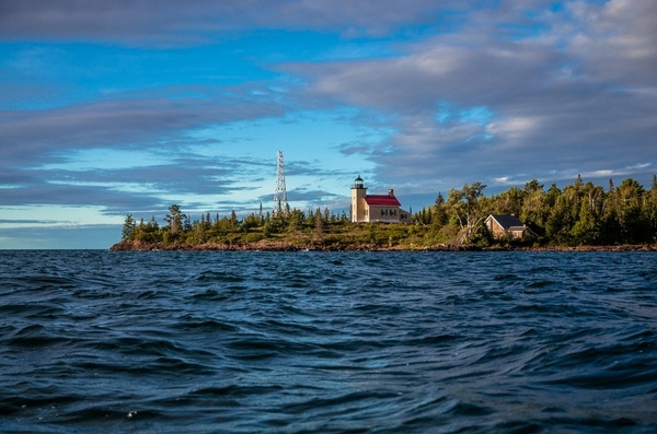 Upper Peninsula Pictures off Lake Superior by...