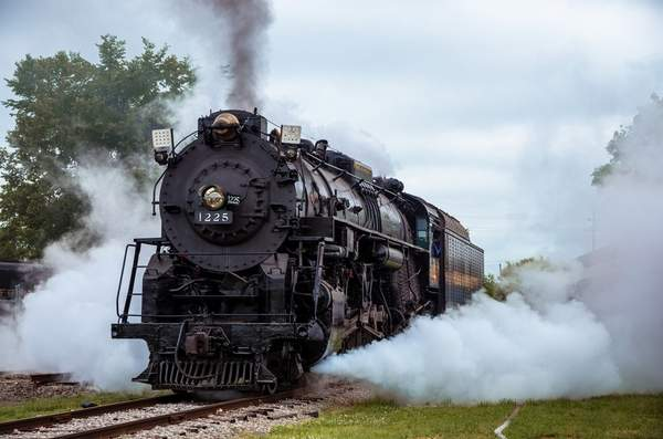 P&M #1225 Steam Locomotive
