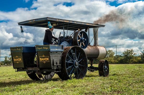 Operating Steam Tractor by SDNowakowski