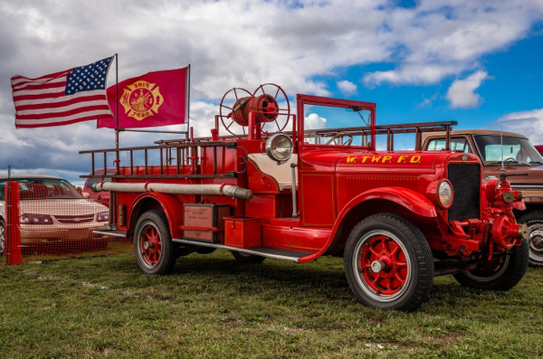 Old Whiteford Fire truck by SDNowakowski