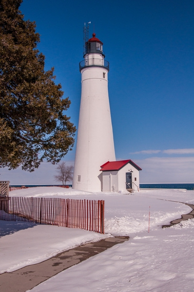 Fort Gratiot Lighthouse March 2015 by SDNowakowski