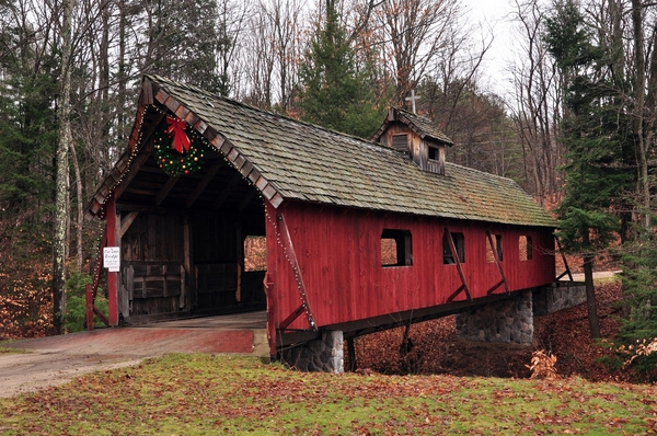2016 Lake Ann Covered Bridge built over the frame of a Railroad Flat Car by SDNowakowski